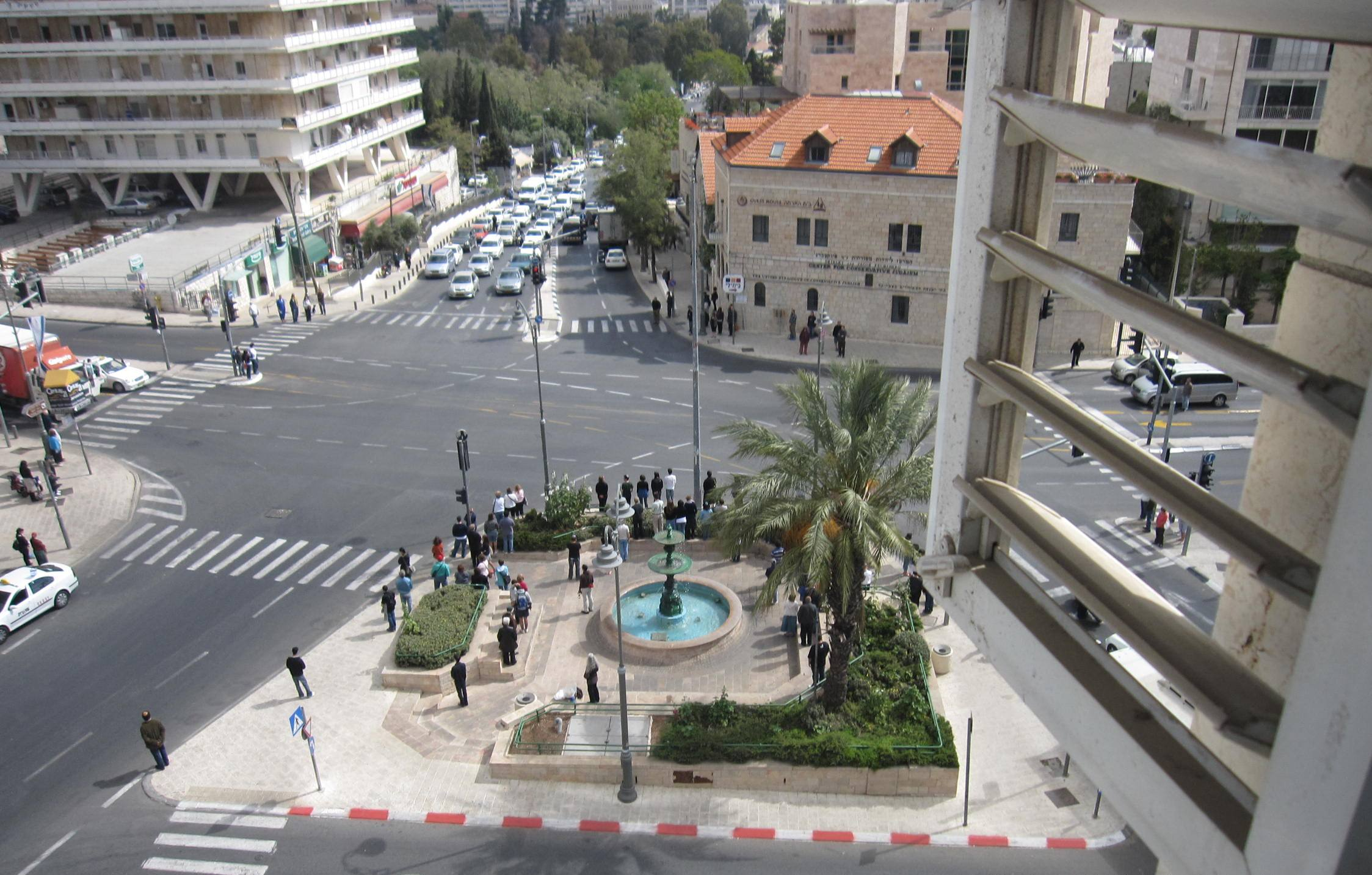 """picture traffic stopped"", Photo siren Jerusalem"", ""image Rememberance da ""y"