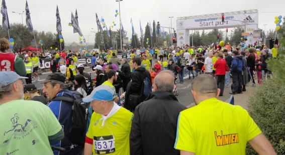 runners in marathon image, starting line Jerusalem marathon image