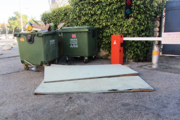 Jerusalem garbage