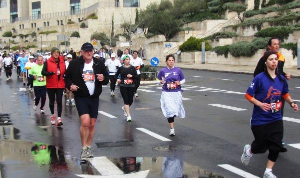 """""""girls running"""""""