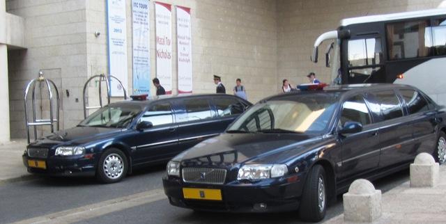"""photo limousine"", ""image limo"", ""picture limousine"""