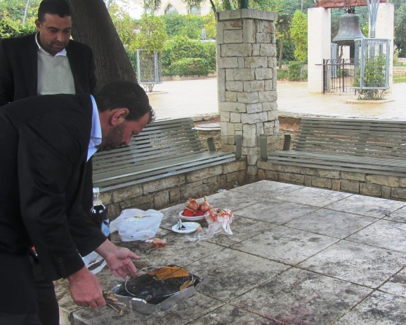 Jerusalem photography tour, Bell Park