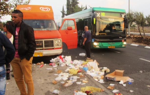 garbage, Jerusalem photography