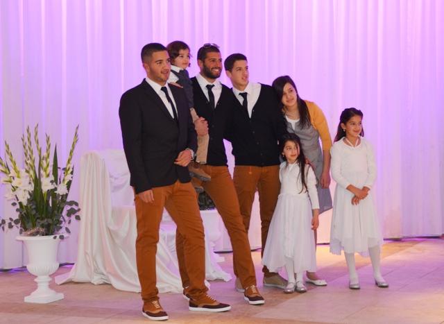 wedding photo children
