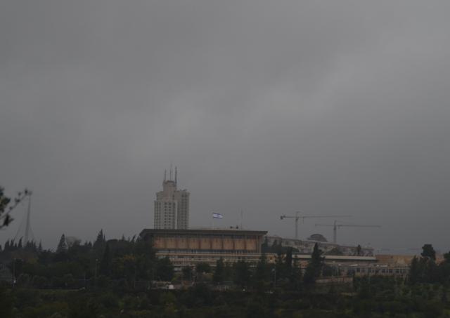 stotm Jerusalem, wind photo
