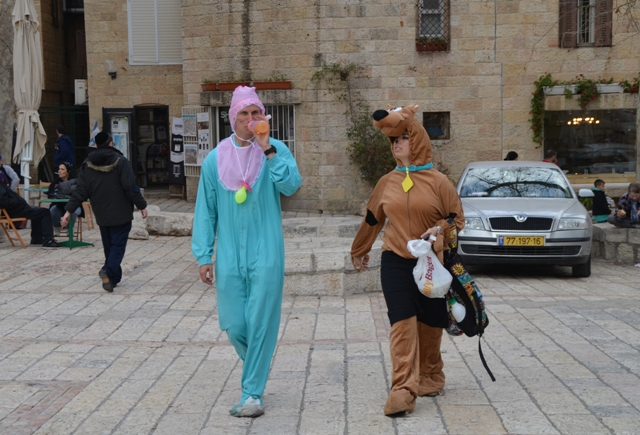 Purim costumes photo, adults in costume, Jerusalem photography