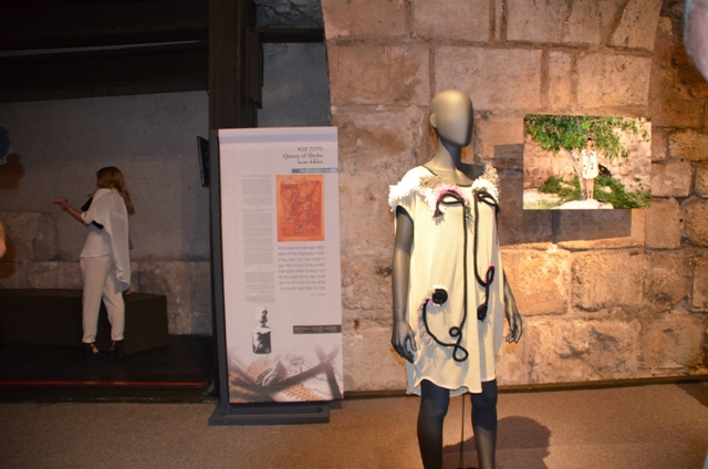 dress at tower of david exhibit