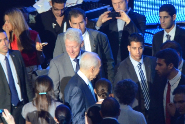 photo President Bill Clinton in Jerusalem
