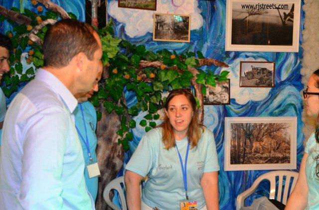 mayor at arts festival, image Mayor Jerusalem