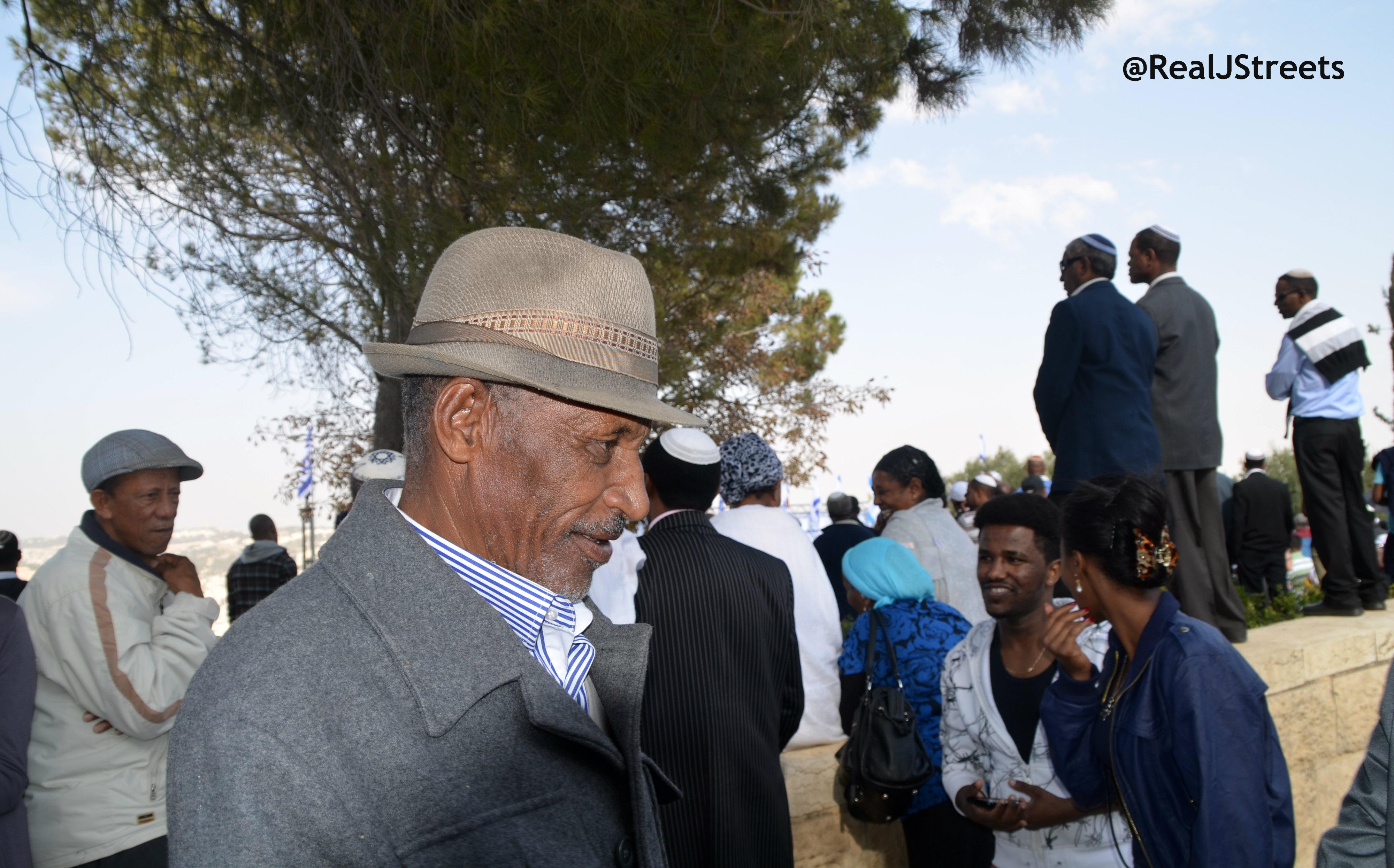 image Ethiopian man at Sigd,, imge Sigd