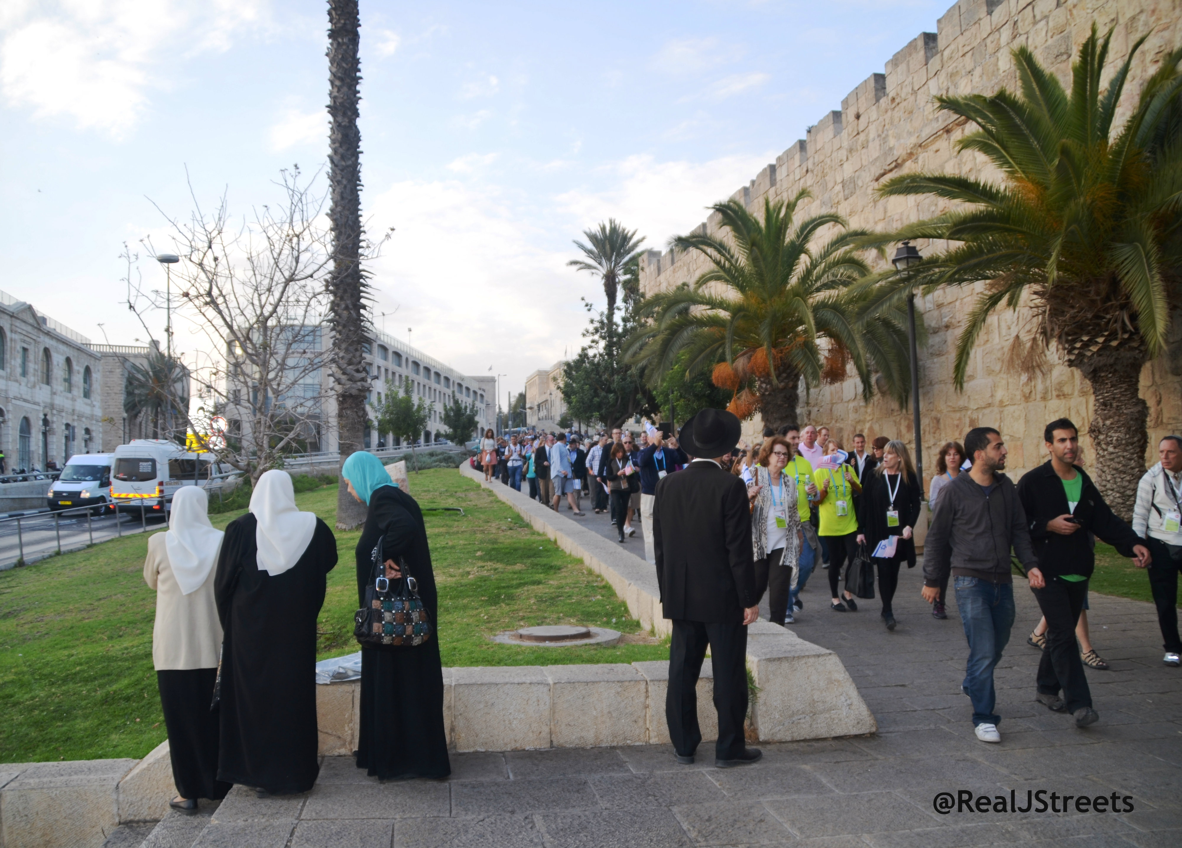 image Palestinian women, picture Israel Arab women, Israel apartheid