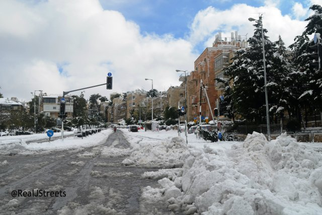 image Jerusalem snow, storm in Jerusalem photo, image street snow, picture snow Israel