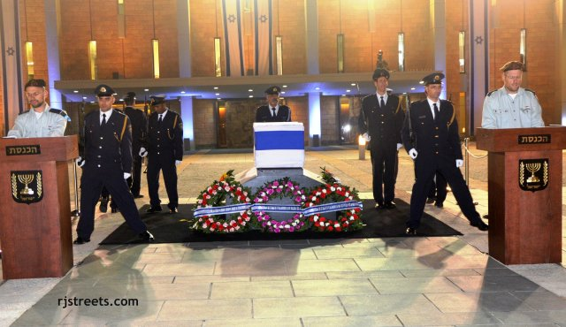 image honor guard, photo Knesset at night, picture Sharon casket