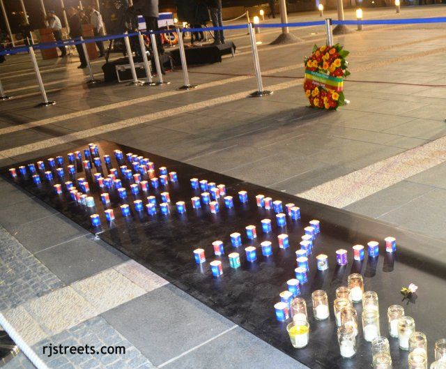 image flowers and memorial candles., photo memorial, picture candles Sharon at Knesset