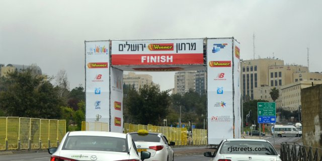 image Jerusalem marathon, finish line for marathon picture, photo Jerusalem marathon