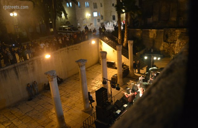 image Cardo at night, photo Jerusalem music, picture interesting stage for music