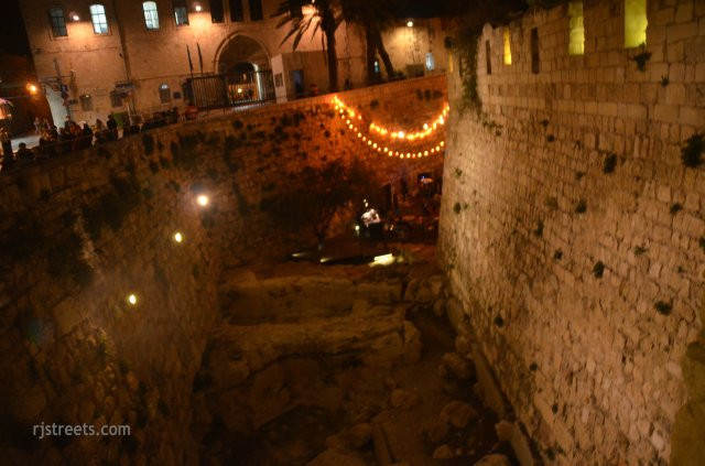 image moat, photo photo during sounds of Old city festival