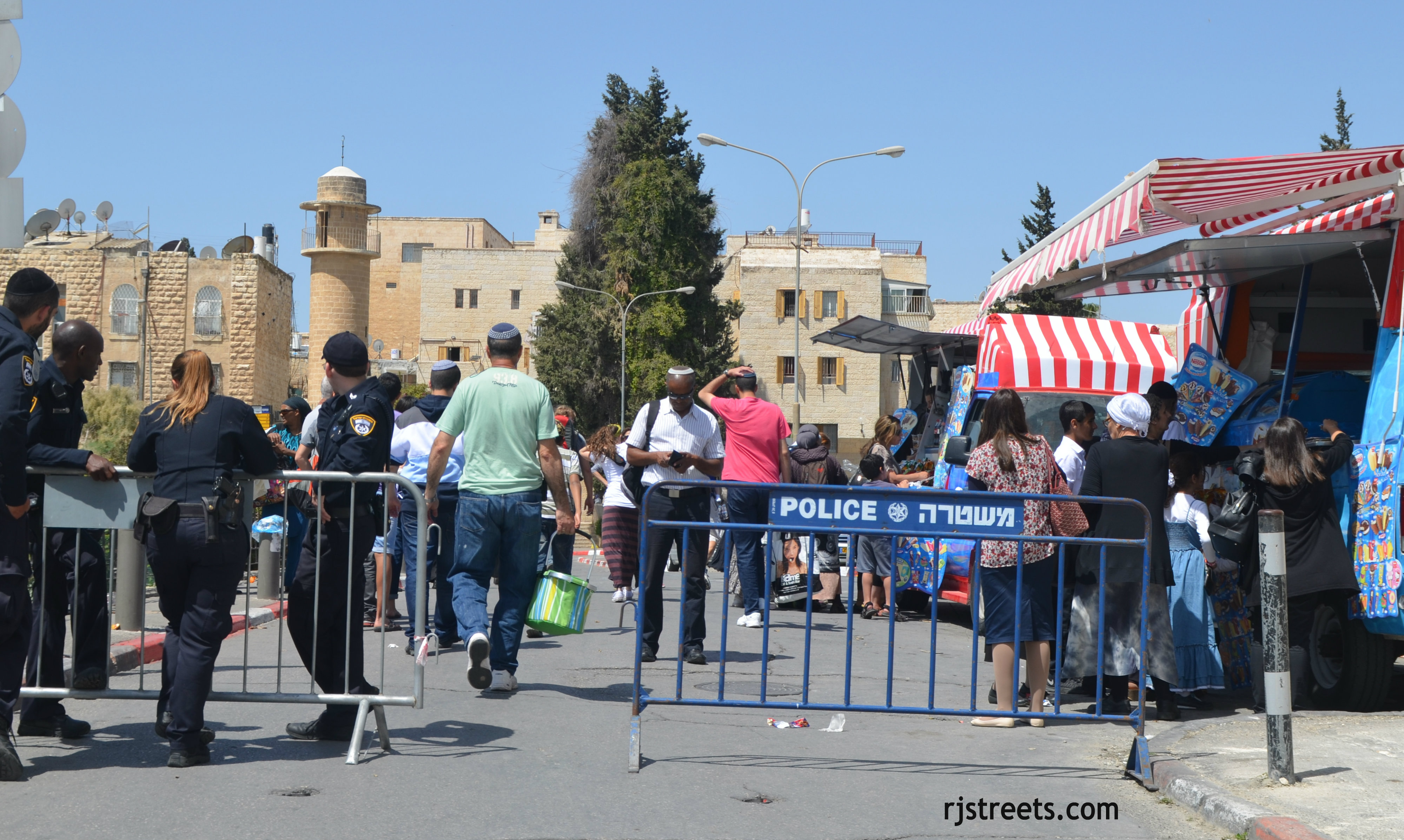 image exit Old City, photo Israel street blocked, picture barrier Jerusalem