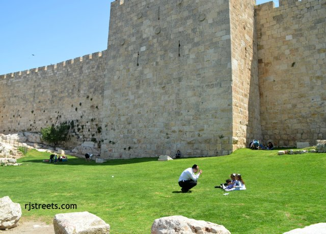 image Passover, photo Old City walls, picture Jerusalem passover