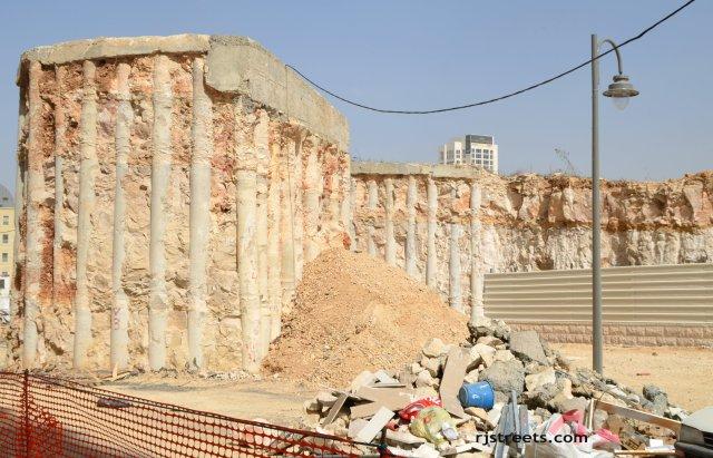 photo Old Jerusalem, picture old columns