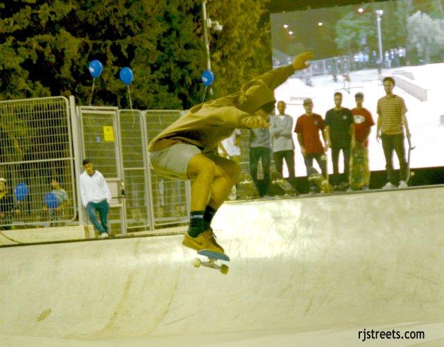 image skate boarder, new skate park in Israel photo, picture Jerusalem skate park