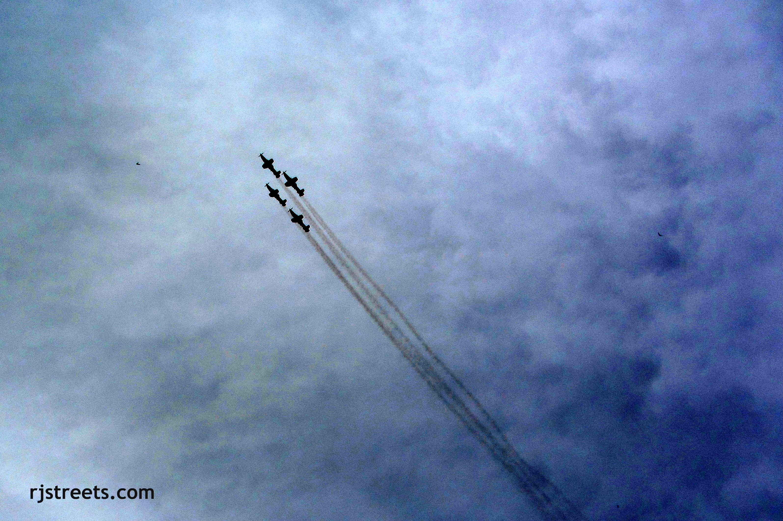 image planes in formation, photo air show