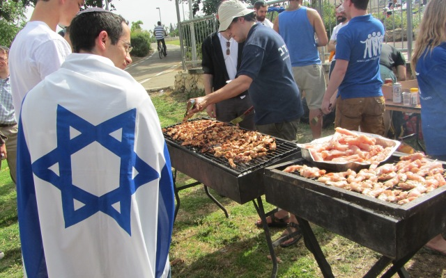 image Israel indepndence day, photo Israel birthday , picture BBQ