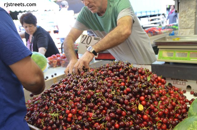 image fresh fruit, photo cherries, Picture Machane Yehudah market