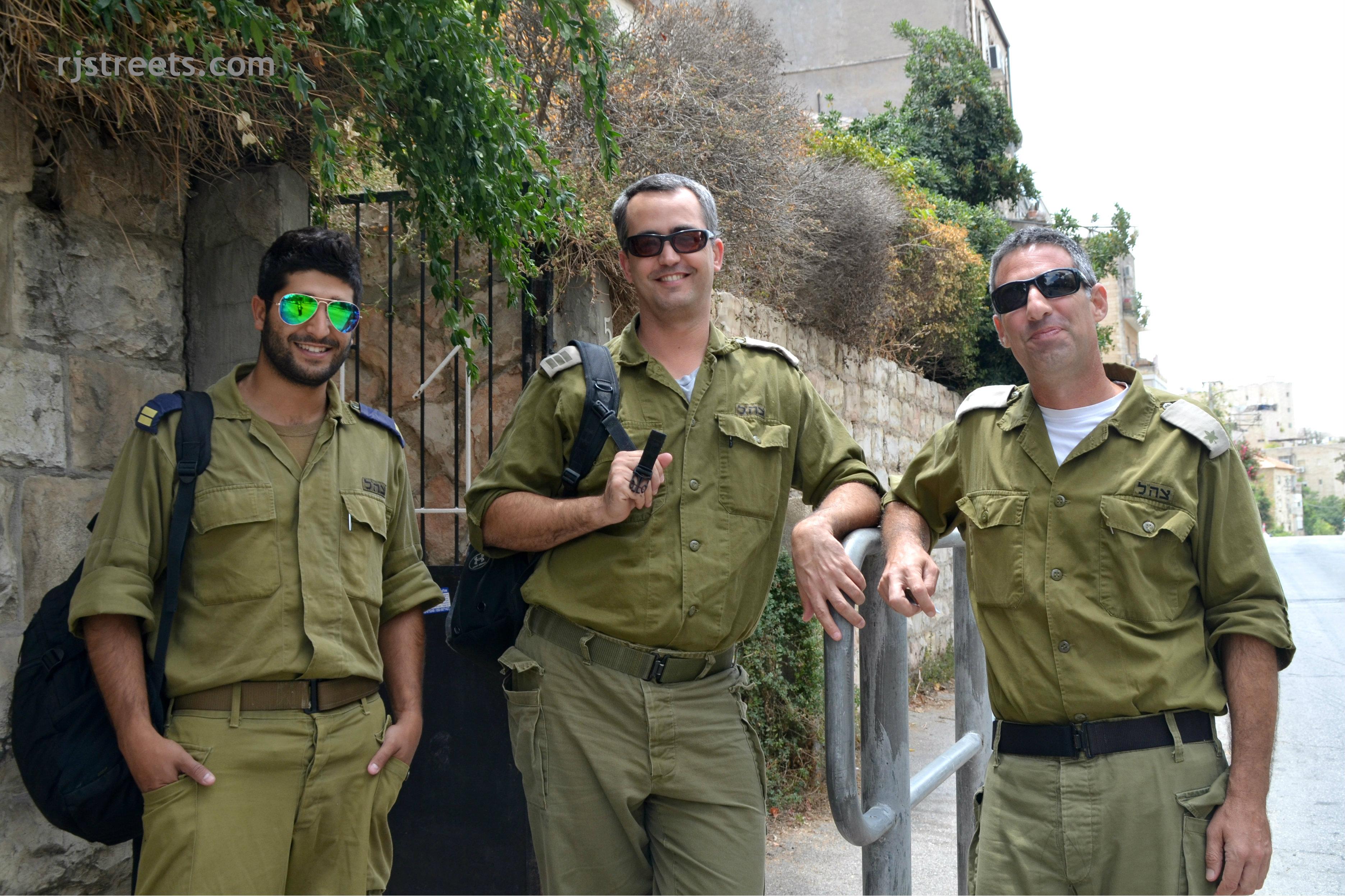 image Israeli soldiers