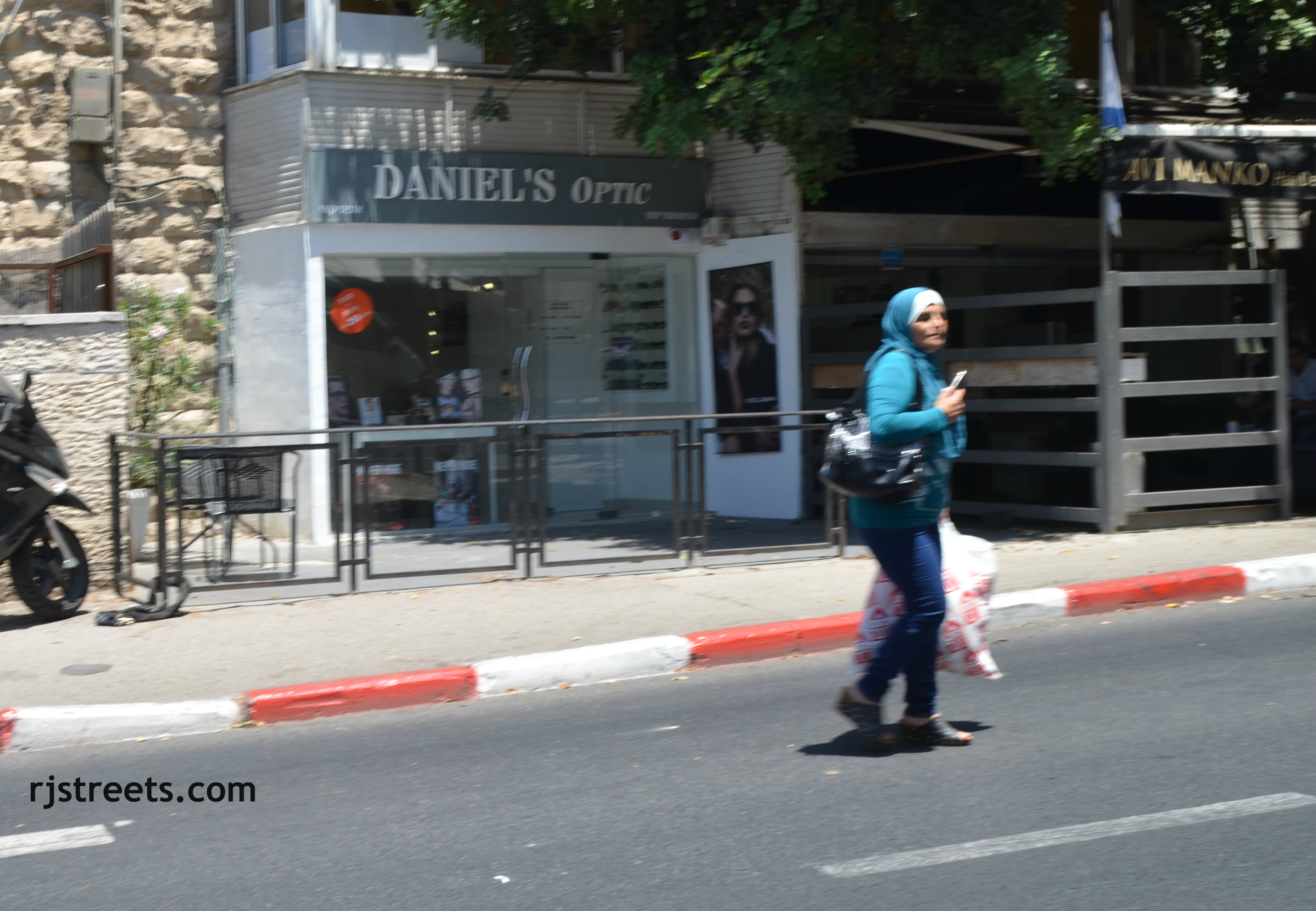 Arab woman Jerusalem,