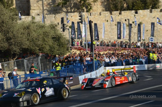 image cars Jerusalem Formula at Tower of David