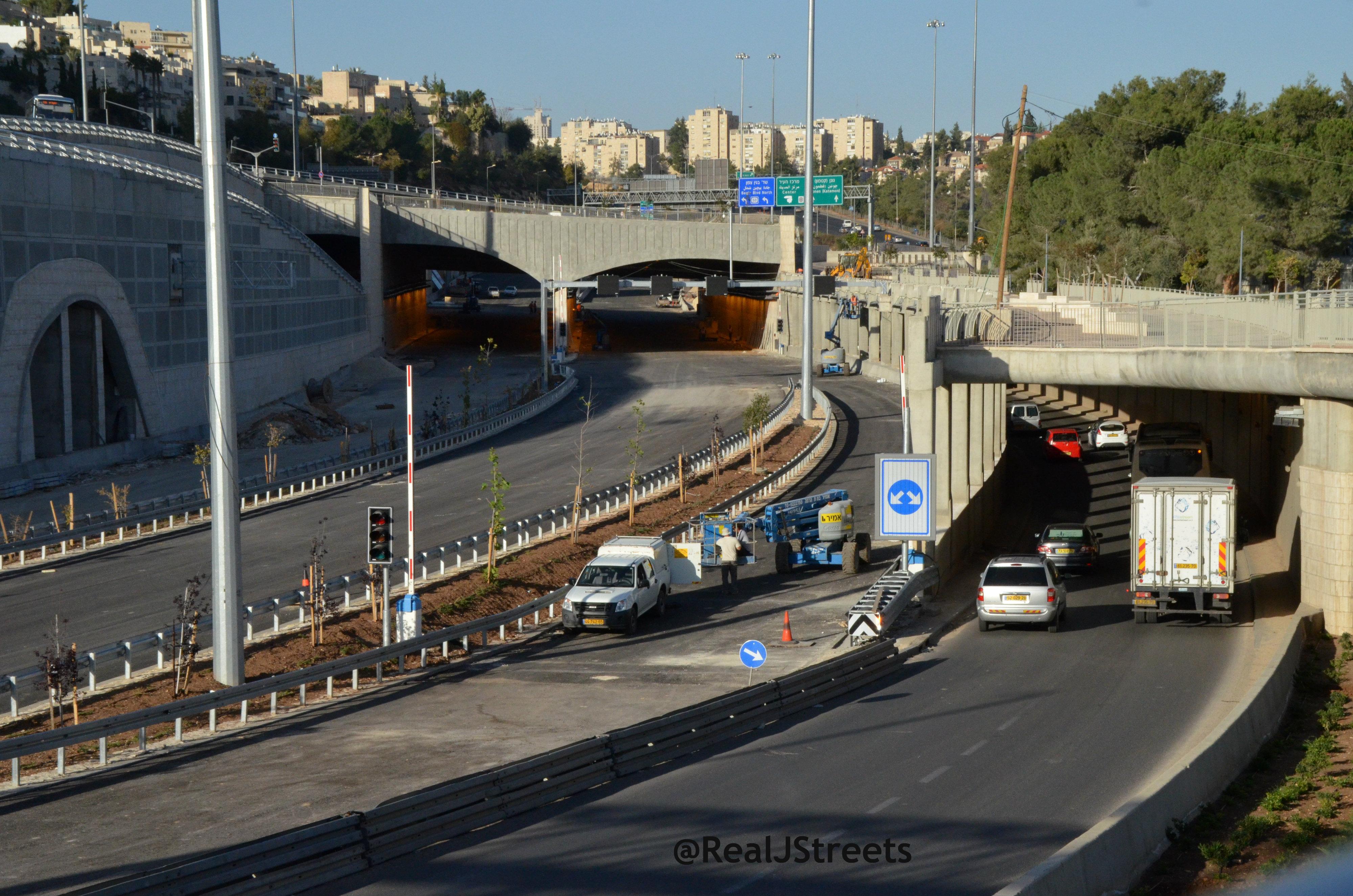 image Jerusalem road