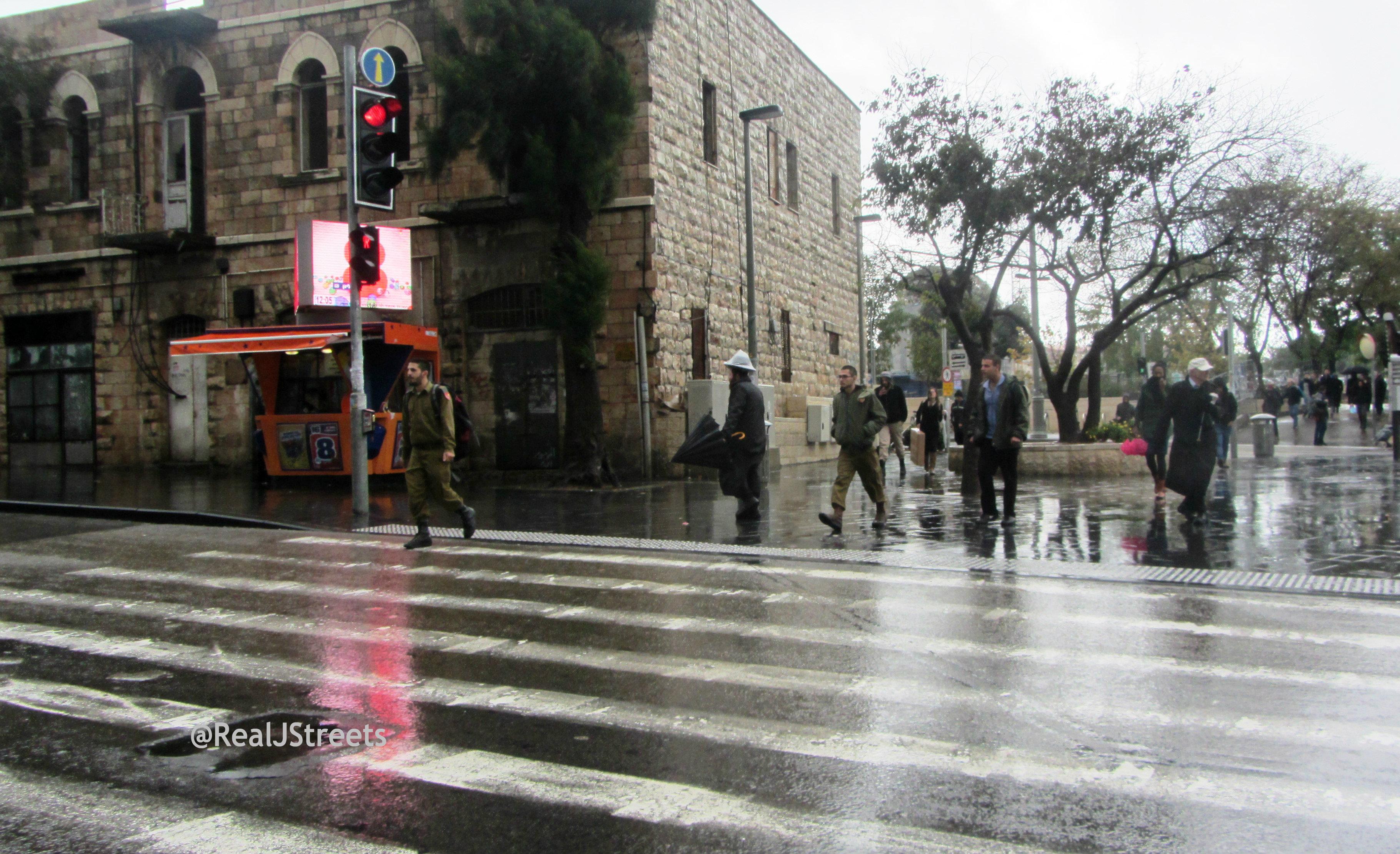 image rain in Jerusalem, Israel