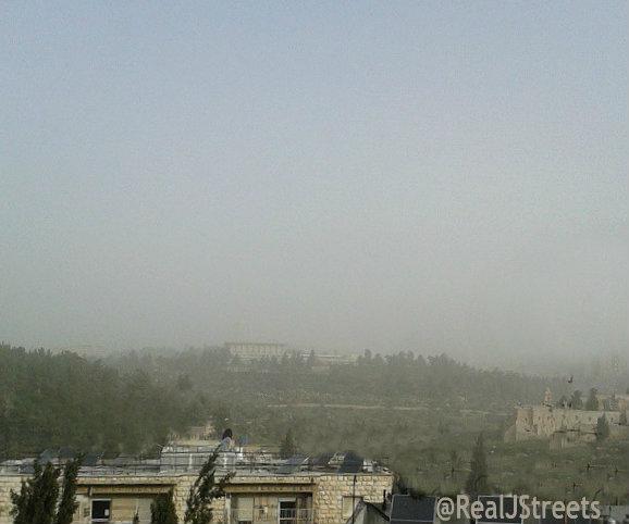 image of Knesset in sandstorm