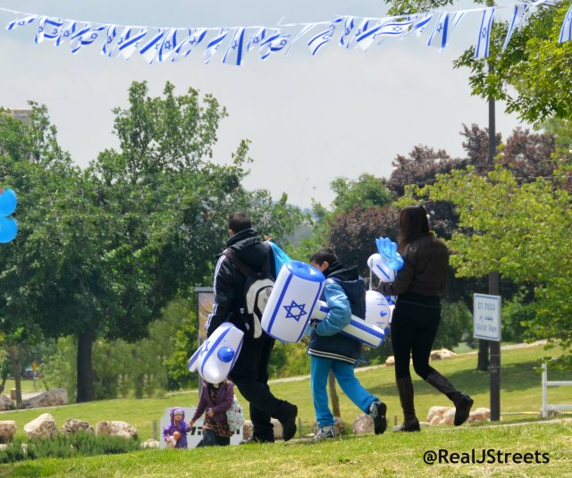 blue and white for Israel independence day