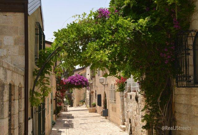 street in Yemin Moshe