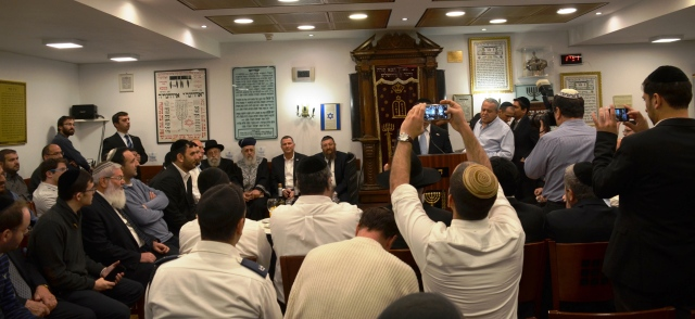 Chief rabbi at Knesset synagogue