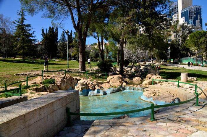 Von einem Tag auf den anderen in Jerusalem  abseits vom