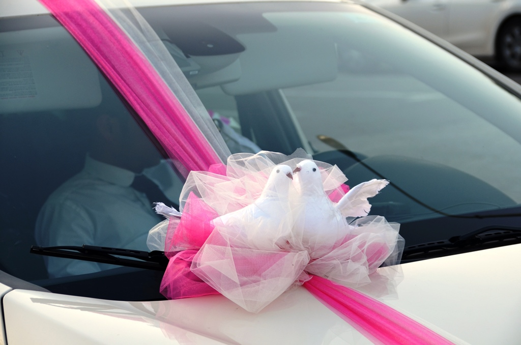 car decorated wedding day Jerusalem Israel
