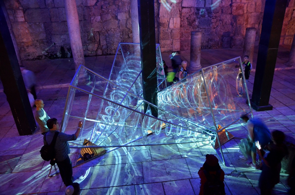 Jerusalem light festival Cardo Crystallized